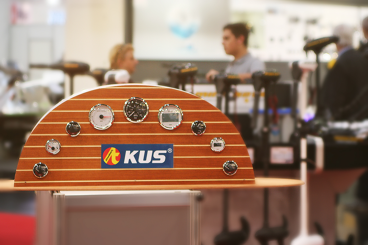 Kus Cockpitinstrumente Speedometer Allroundmarin Messe Düsseldorf